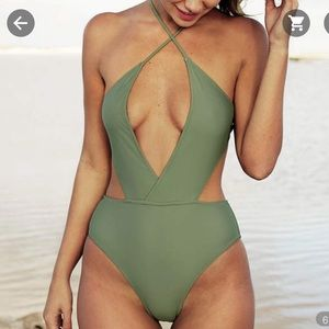Cupshe She's The Man Halter One-piece Swimsuit